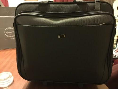Solo Classic Rolling Black Laptop Carrying Case