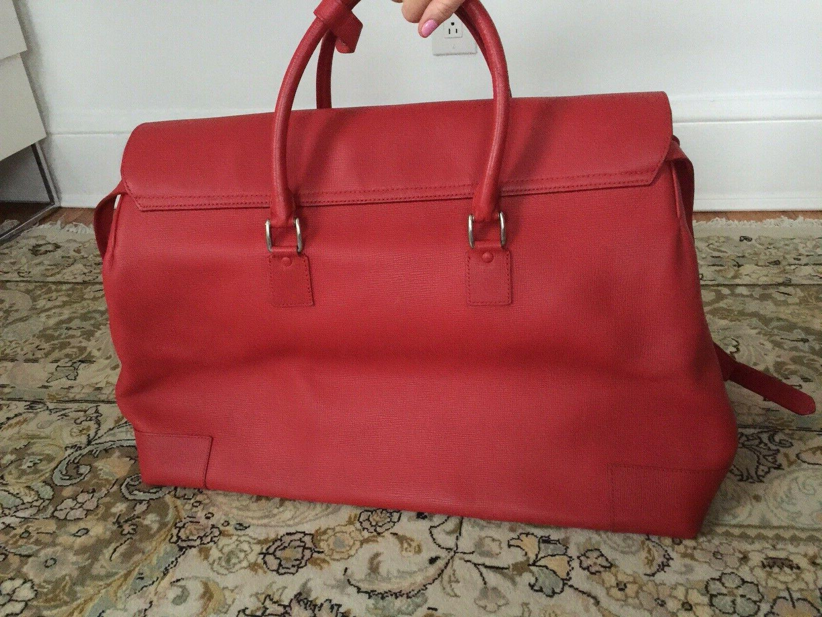 luggage red